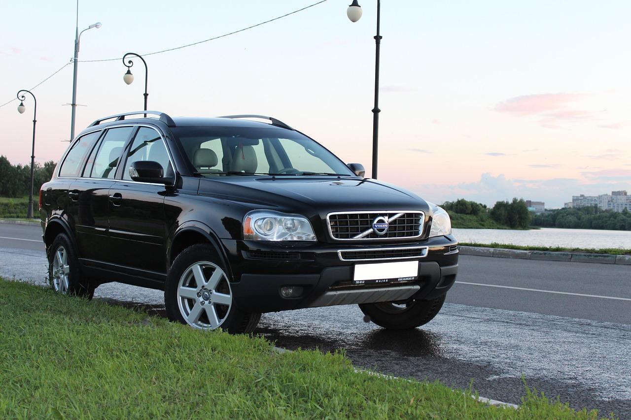 Czy warto kupić samochód Volvo? części do silników, przegląd i naprawa volvo w Warszawie