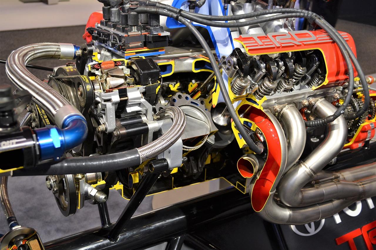 Naprawa silnika w samochodzie. Naprawa układu korbowo tłokowego – salon samochodowy Poznań